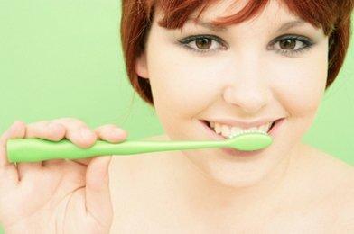 Делаем зубную пасту дома