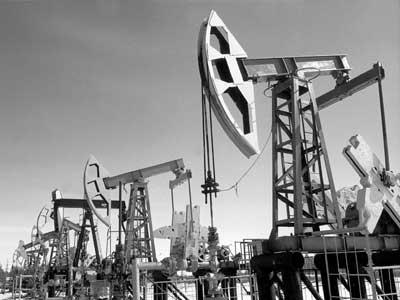 А нефть рекой потекла из страны.