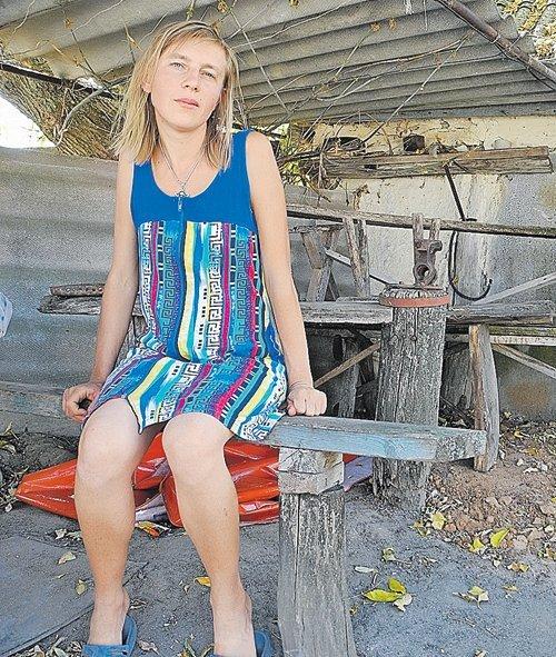 Ирэн Шмунк переселилась в Атамановку этим летом. Пока ей все нравится. Почти... Фото: Алексея ОВЧИННИКОВА.