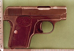 300px-FN_BROWNING_1906_01