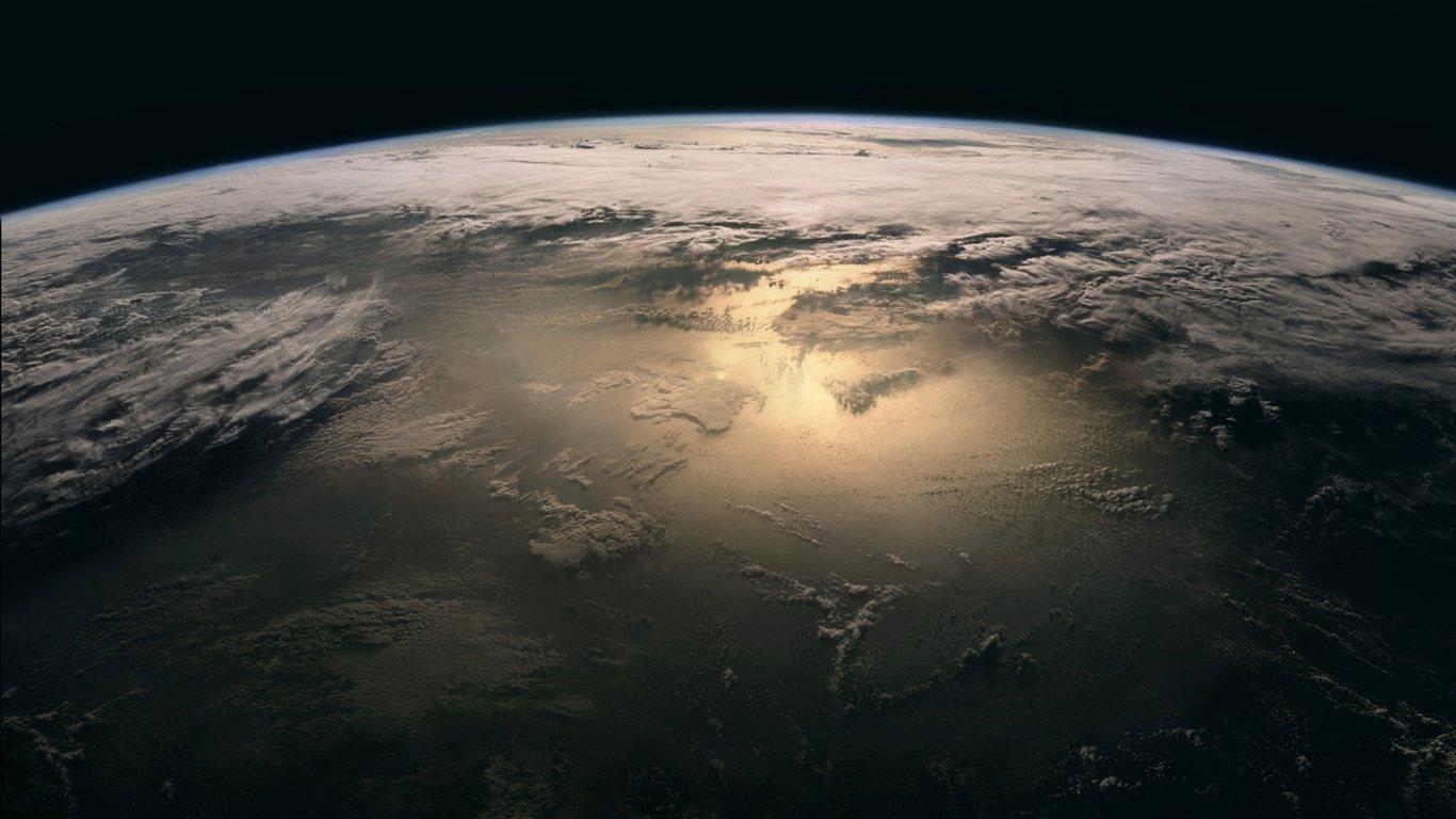 Planeta_zemlya_oblaka