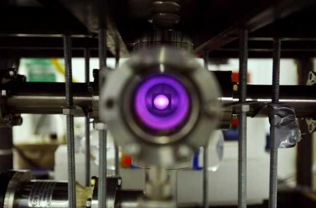 podrostok-sobral-termoyadernyj-reaktor-v-garazhe-svoego-otca_41364_2