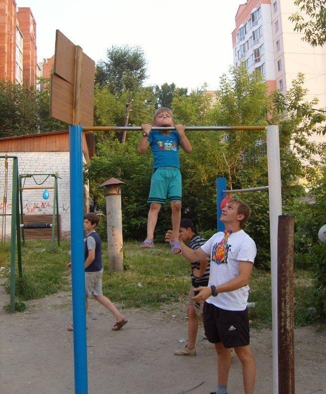 1368259873_rebenok-na-turnike