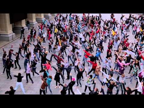 Танцевать под народную музыку – это круто!!!