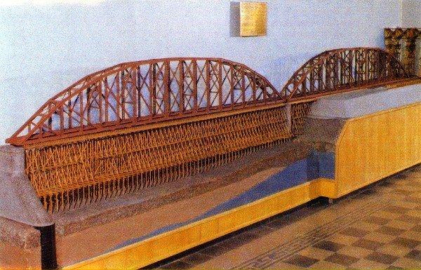 Модель моста через р. Енисей