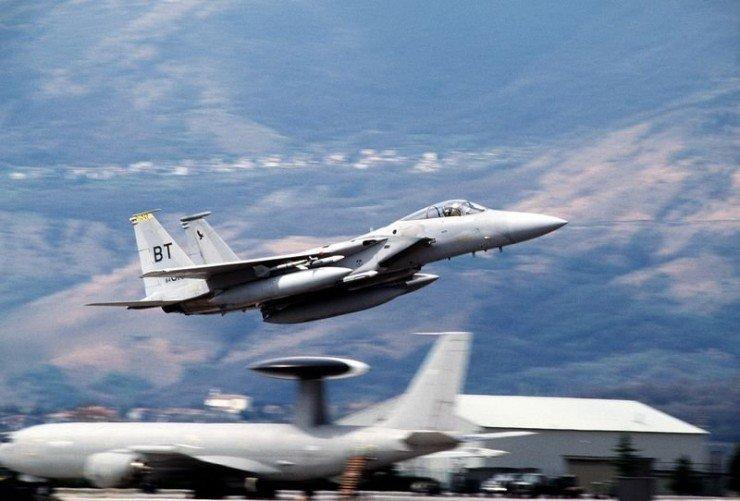 Афганистан и Судан, 1998 год. Односторонний военный удар США.