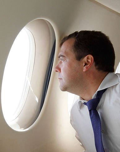Медведев сделал все, чтобы добить российский авиапром