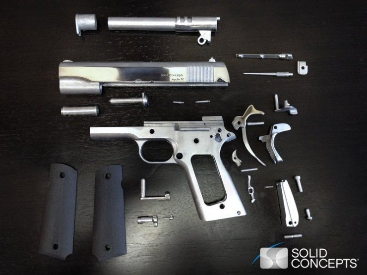 1383919447_3d-printed-metal-gun-02-components-disassembled-low-res