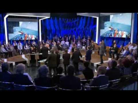Кавказцы не хотят быть меньшинством в России, Роль русских в Конституции РФ