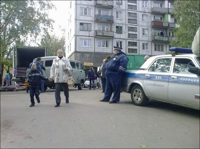 1349979153_meanwhile_in_russia_part_3_640_28