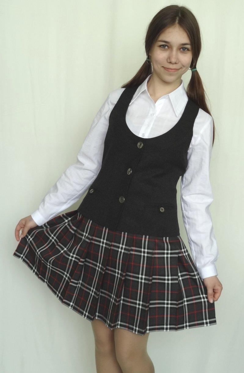 Задирание юбок в школе