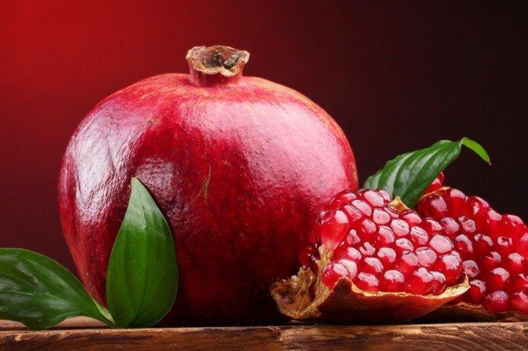 960x640_listya-frukt-krasnyij-eda-granat