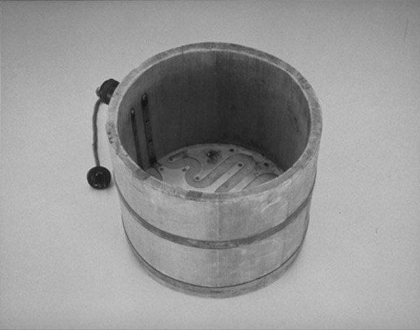 Первой продукцией фирмы Sony были электрические рисоварки.