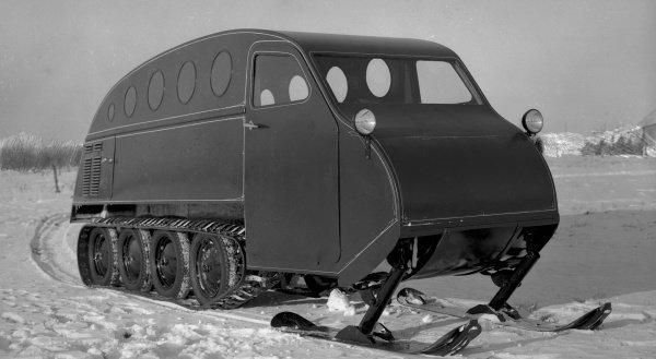 Легендарные самолеты Bombardier начались со снегоходов, которые производятся и в наши дни.
