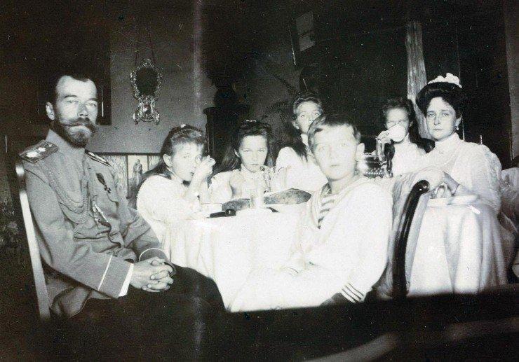 Царская семья (1)