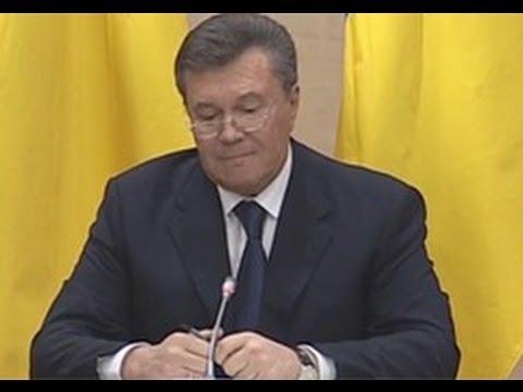 Вырезанное из пресс-конференции Януковича — Виктор разозлился и сломал ручку.