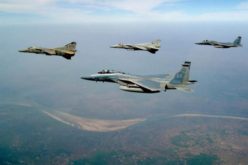 Cope-India-2004-formation-685x456[1]