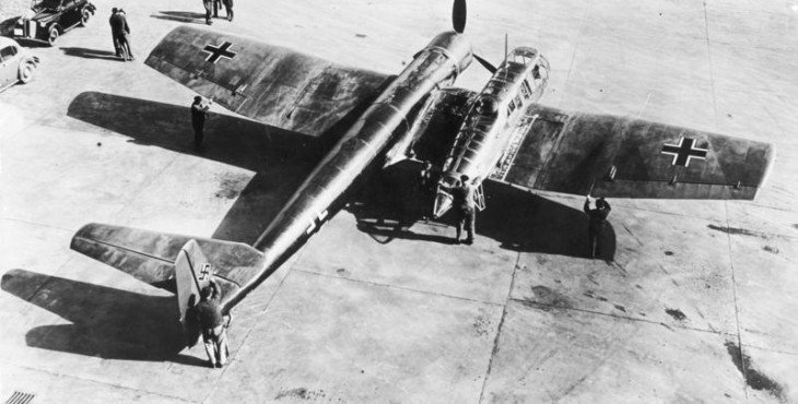 Bundesarchiv_Bild_146-1980-117-01_Aufkl-C3-A4rungsflugzeug_Blohm_-_Vo-C3-9F_BV_141
