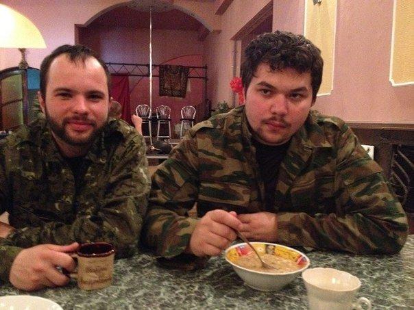 Ополченцы Славянска - Александр Жучковский и Олег Мельников.