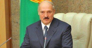Лукашенко начинает операцию «Большая семья»