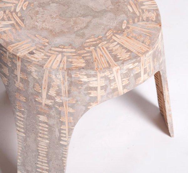 Оригинальная мебель из дерева и смолы.