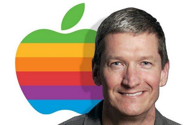 Steve-Jobs-Resigns-as-CEO-of-Apple-Names-Gay-Successor