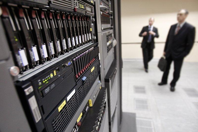 Установка программно-аппаратного комплекса на избирательном участке в Санкт-Петербурге