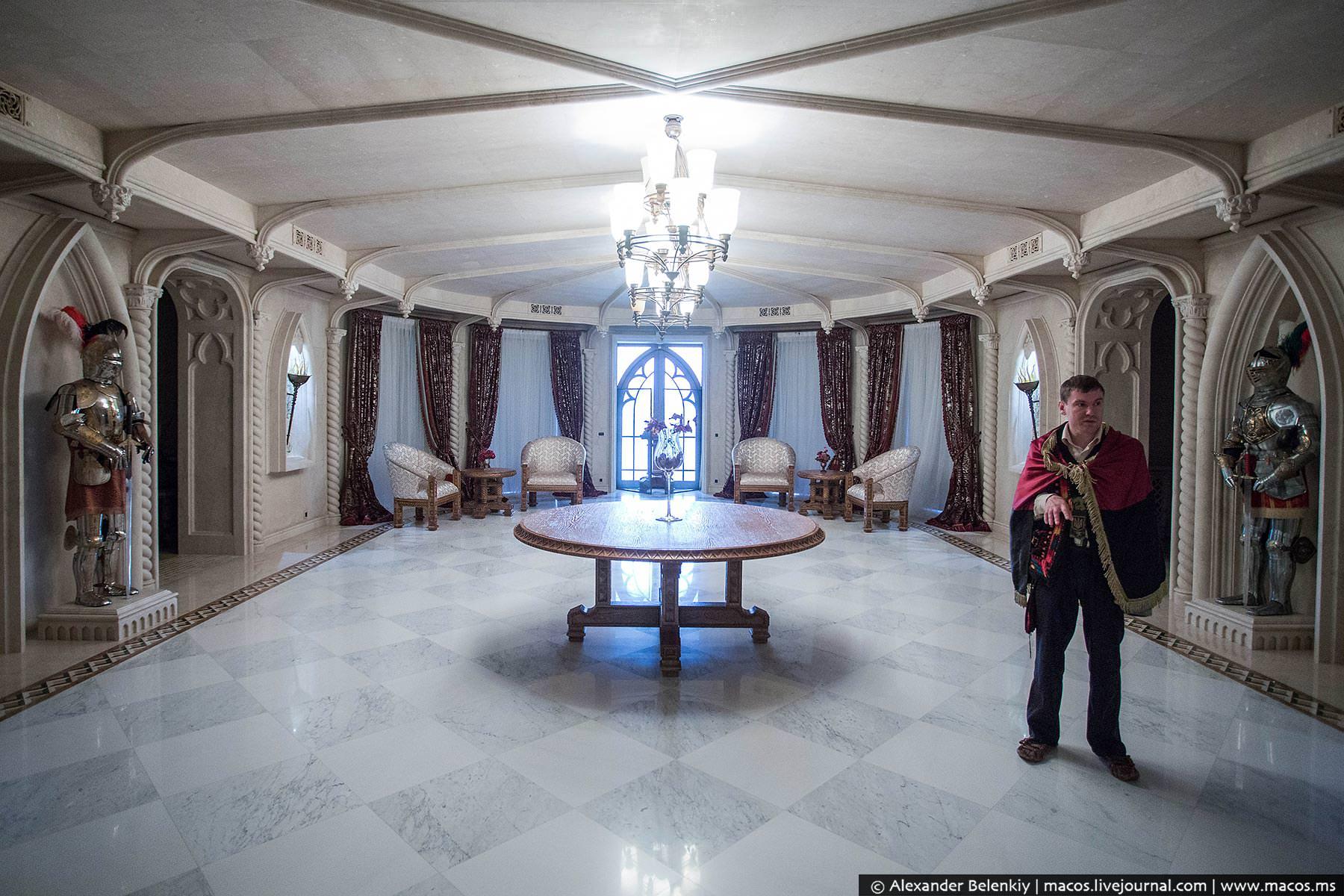 http://www.pravda-tv.ru/wp-content/uploads/2014/11/LR2014.10-UA-Residence-29.jpg