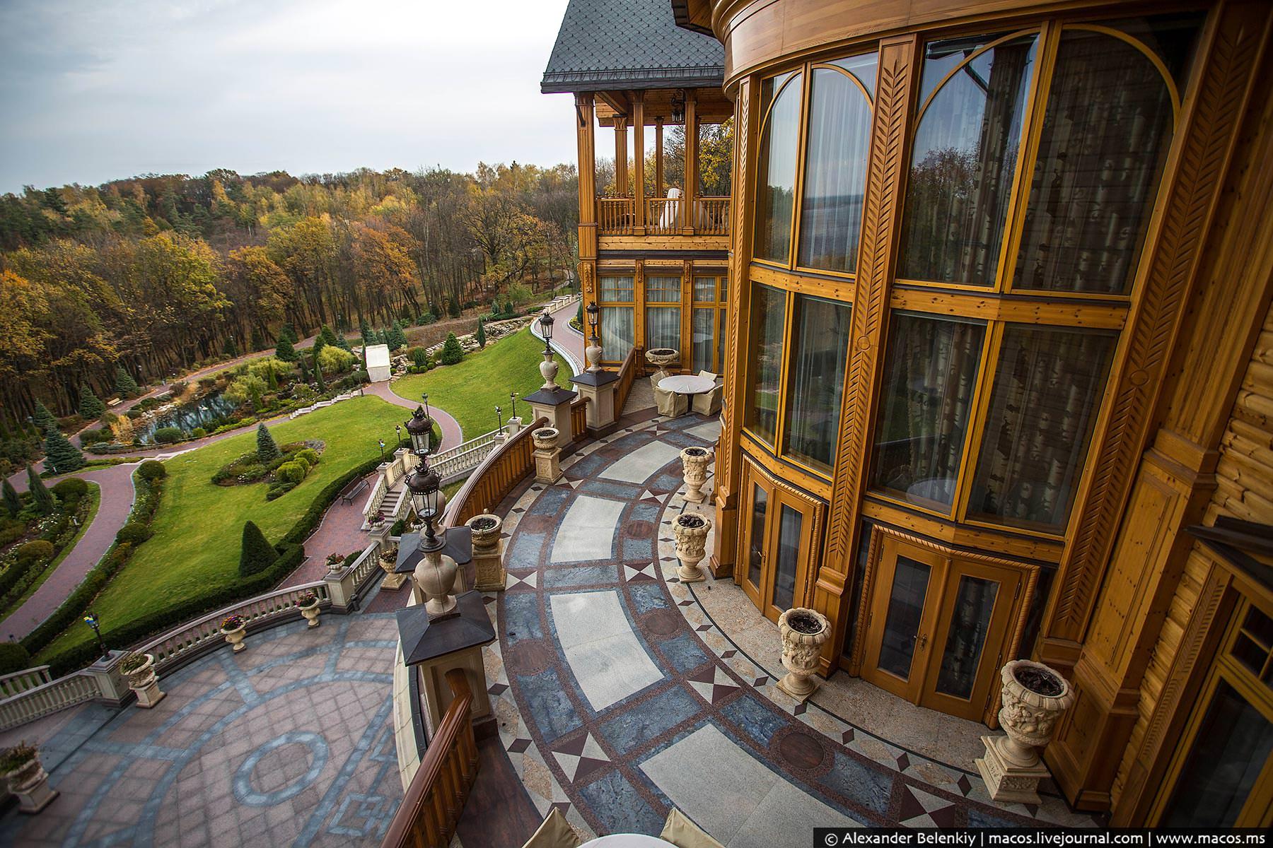 http://www.pravda-tv.ru/wp-content/uploads/2014/11/LR2014.10-UA-Residence-43.jpg