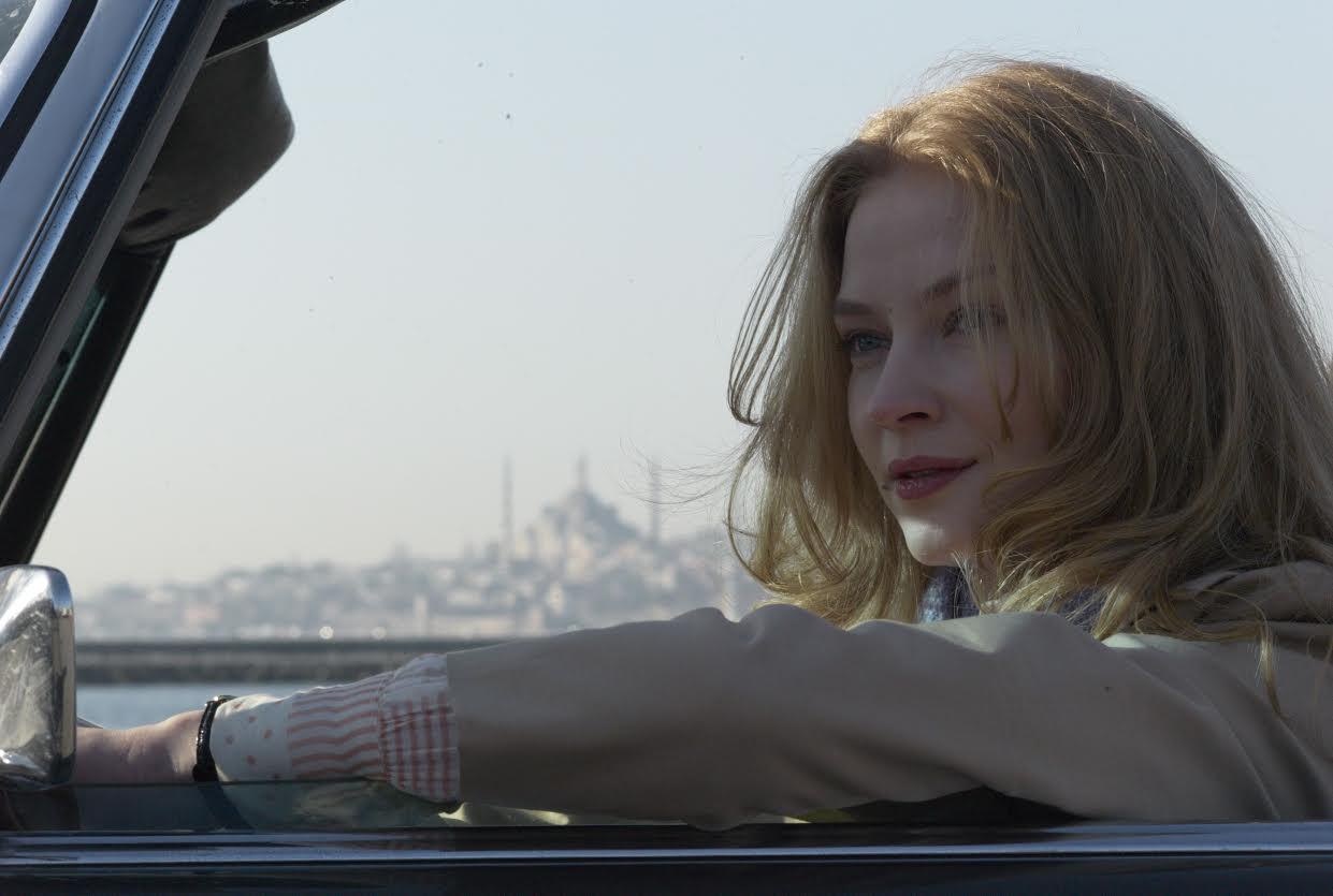 Откровенные сцены фильмов российских киноактрис