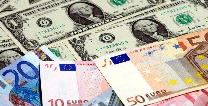 Официальные курсы доллара и евро