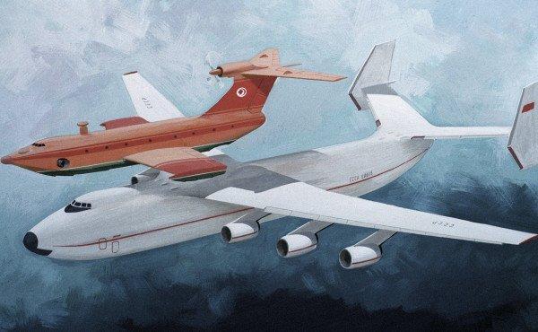 Модели транспортного экраноплана «Орленок» и самолета «Мария»