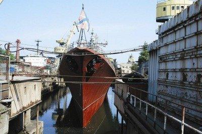 Севморзавод в Севастополе, принадлежавший Петру Порошенко, стал собственностью Крыма.
