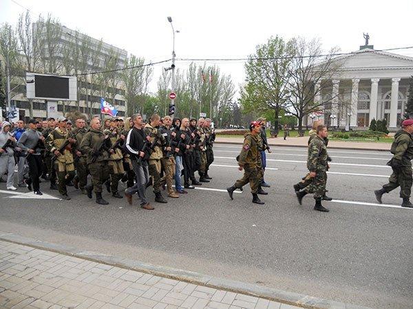 Репетиция парада в Донецке. Фотография: Дмитрий Кириллов