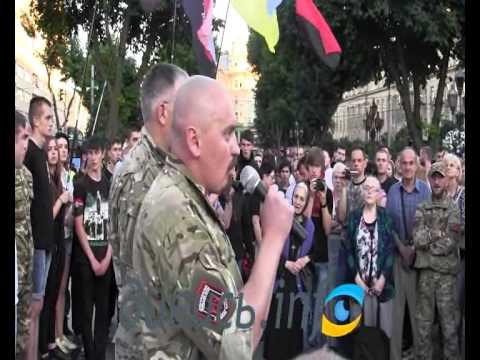 Привет Порошенко от львовских правосеков: «Порошенко — х…ло» (ВИДЕО)