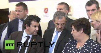Представители делегации французских парламентариев провели брифинг в Крыму (Видео)