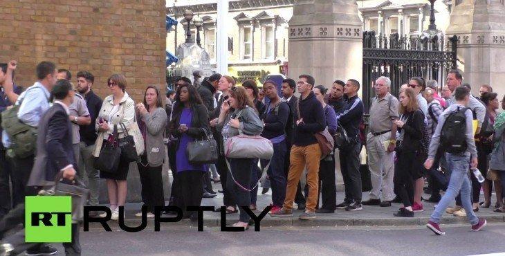 Жители Лондона на сутки остались без метро из-за забастовок