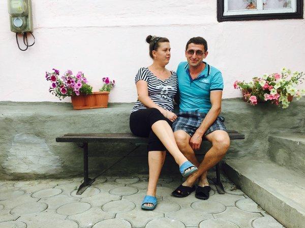 © РИА Новости Филюшины Лилия и Коста были ранены одновременно со Стениным, но выжили РИА Новости http://ria.ru/society/20150805/1163053996.html#ixzz3hvAK2WDz