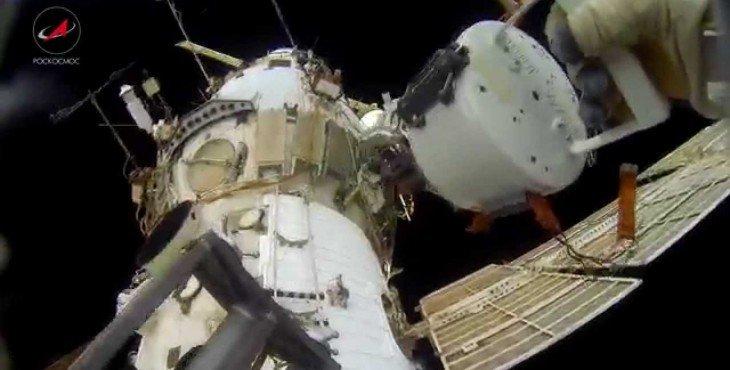 Роскосмос опубликовал видео «космической прогулки» Падалки и Корниенко