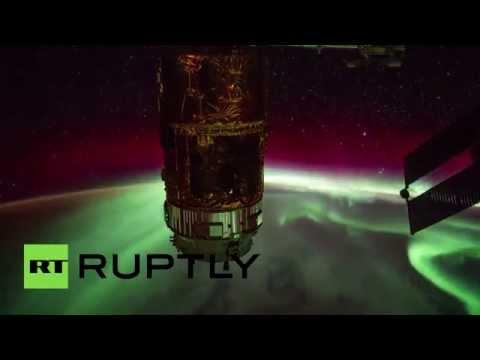 В сети появилось снятое с МКС видео северного сияния