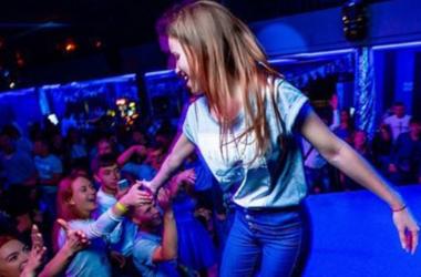 Стройная девушка довольна своим телом. Фото instagram/thepolinagrents