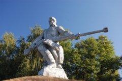 Монумент в память о битве за Киев (Фото: Sergey Kamshylin, Shutterstock)
