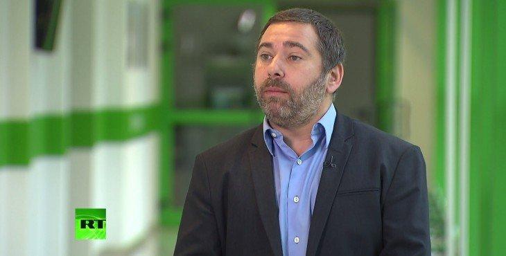 Евродепутат: Россия ломает однополярную систему, соблюдая нормы международного права