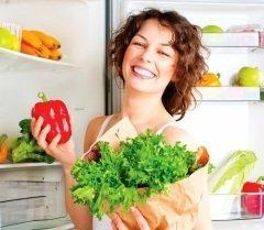Веганы питаются и пользуются только растительными продуктами (Фото: Subbotina Anna, Shutterstock)