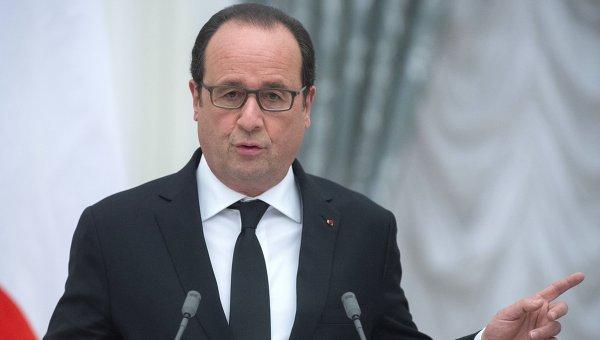особенная демократия в Париже