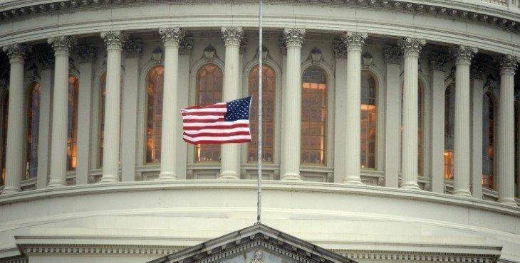 Граждане США не доверяют своему правительству