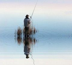 На Руси на Зиновия и Зиновию отмечали праздник рыбаков и охотников (Фото: WDG Photo, Shutterstock)