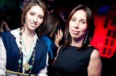 Ирина Меладзе с дочерью Ингой. Фото с сайта bimru.ru