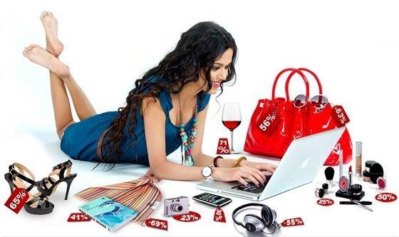 В отличие от аналогичного события в США, товары со скидками в нашей стране продаются в основном через Интернет