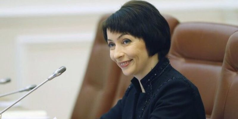 Elena-Lukash11